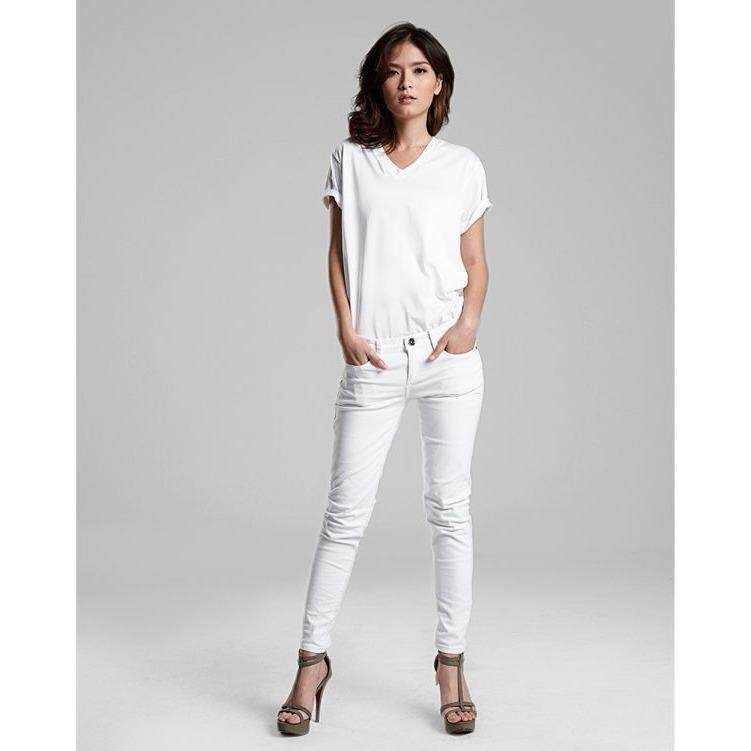 ซื้อ Double Goose เสื้อยืดตราห่านคู่ คอวีสีขาว Signature White รุ่น Classic แพ็ค 4 ตัว