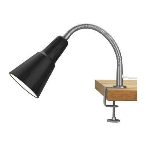 ซื้อ Ikea Kvart อิเกีย ควัท โคมสปอตไลท์ ใช้ได้ทั้งแบบหนีบบนโต๊ะ ชั้นวางของ หรือยึดติดผนัง สีดำ รูปทรงสวยดูดี เข้าได้กับทุกห้องของคุณ