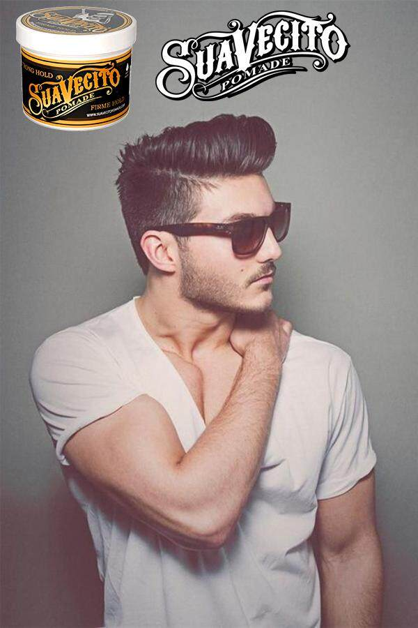 guy using pomade_1.png