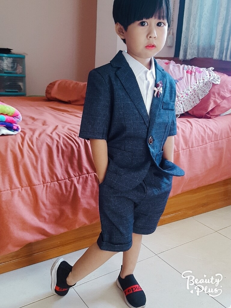 Boys Holiday Editions Assorted Long Sleeve Dress Shirts with Tie Sz:4//5-14//16