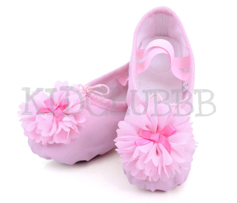 รองเท้าบัลเล่ต์ รองเท้าสีชมพู รองเท้าผ้าเต้นรำ.
