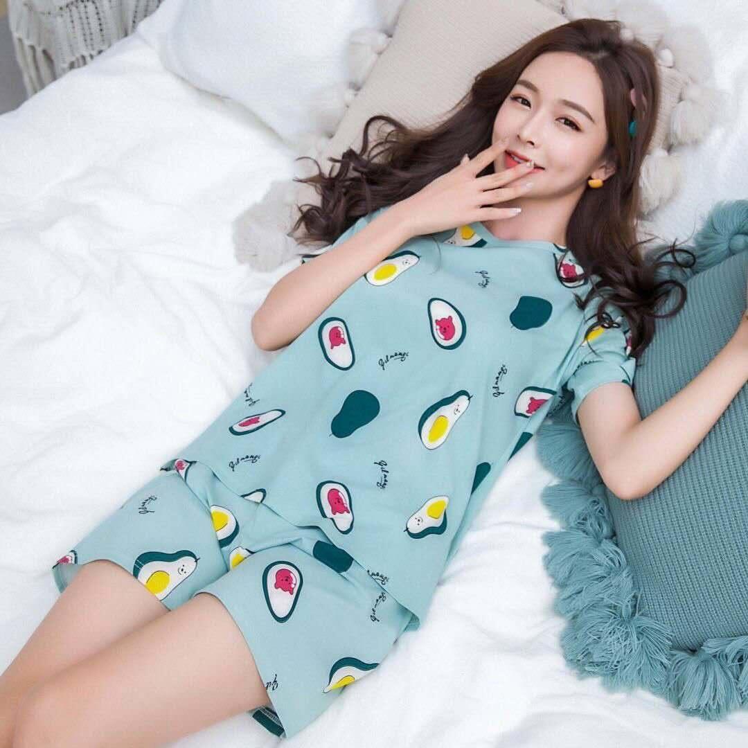 NEW2020ชุดนอนน่ารักแฟชั่น เซ็ทชุดนอน2ชุด ลวดลายการ์ตูนน่ารัก มีหลายลายให้เลือก ลายน่ารัก ผ้าเนื้อดี ผ้านิ่มใส่สบายรุ่นE-502