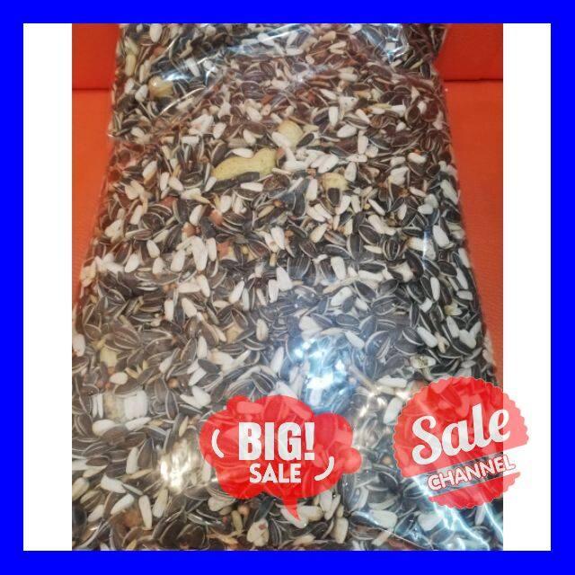 SALE !!ราคาสุดพิเศษ ## Parrot Aอาหารนกแก้ว สูตรธัญพืช Beyers Thailand Parrot Seed Mix Bird 1kg ##สัตว์เลี้ยงและอุปกรณ์สัตว์เลี้ยง